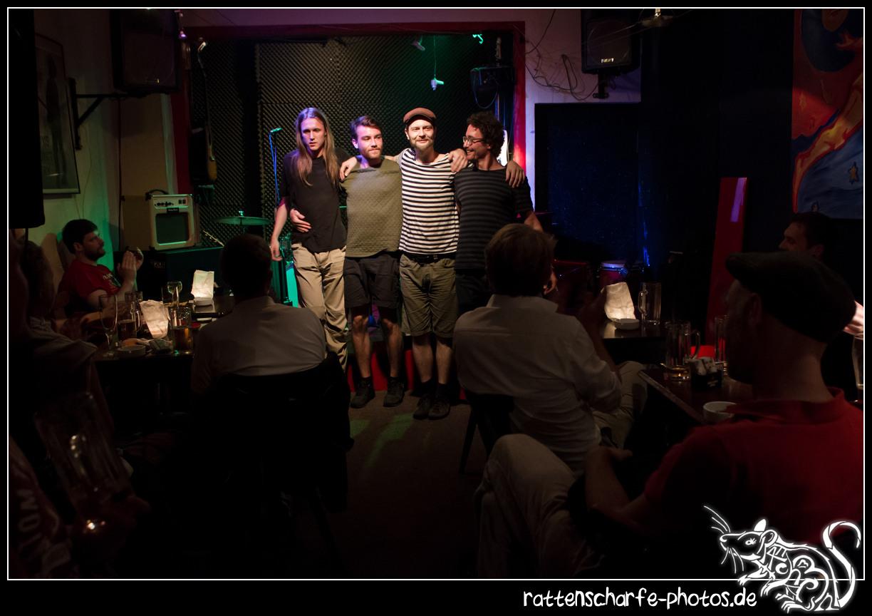 2015-08-18 Schnaps im Silbersee in Berlin / Bei Ernst