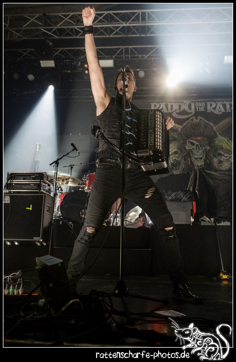 2018-12-23_paddy__the_rats__ehn_dresden-011