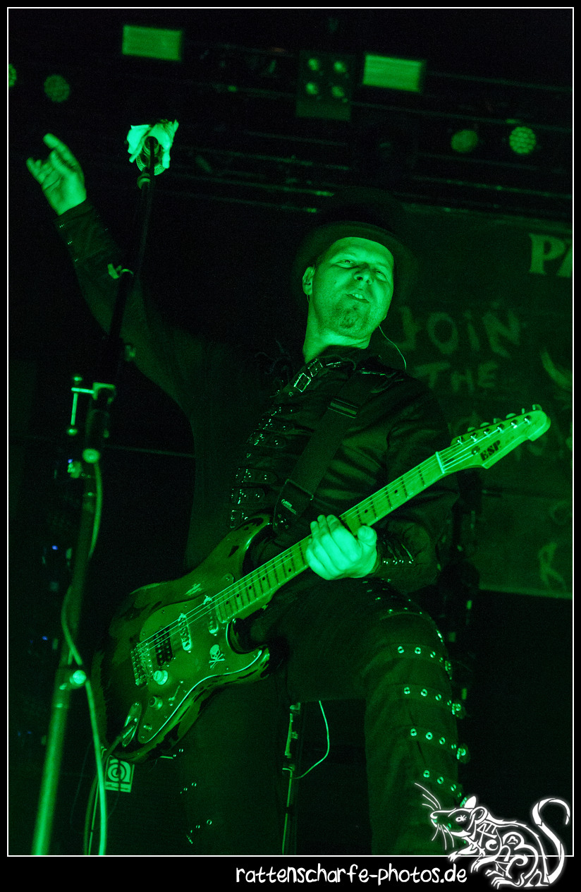 _2018-12-30_paddy_and_the_rats__ehn_potsdam-008