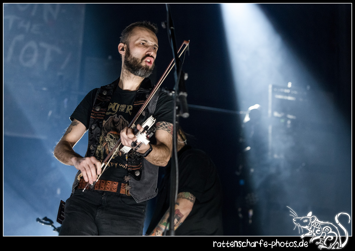 _2018-12-30_paddy_and_the_rats__ehn_potsdam-011