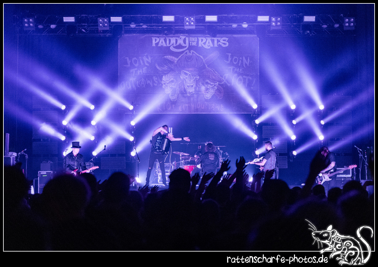 _2018-12-30_paddy_and_the_rats__ehn_potsdam-017