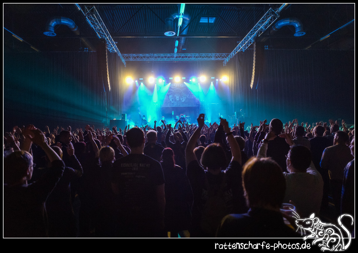 _2018-12-30_paddy_and_the_rats__ehn_potsdam-021