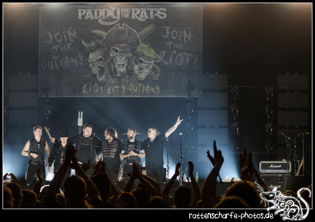 _2018-12-30_paddy_and_the_rats__ehn_potsdam-023